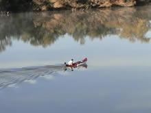 bote en el rio arapey
